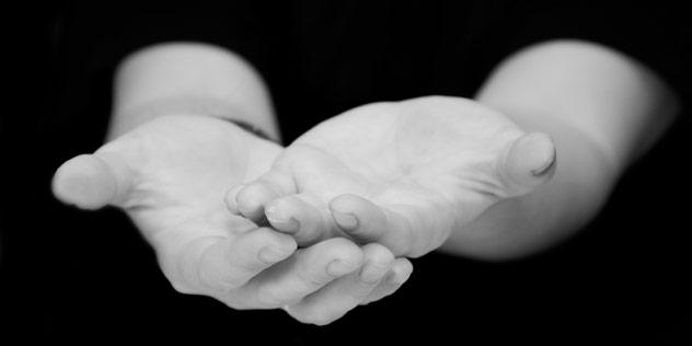 Segnende Hände,© iStockPhoto / j-paul